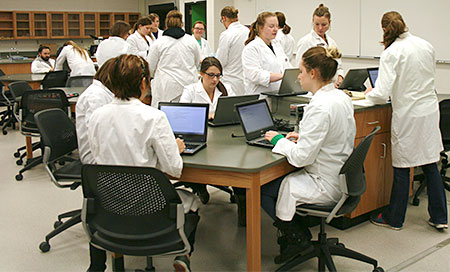 Veterinary Pathology Lab students